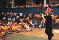 Spettacolo del Mago Sales in uno dei Centri dell'opera Don Bosco